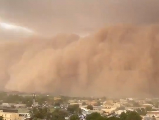 video-of-a-powerful-sandstorm-in-niger-hit-the-net