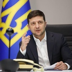 zelensky-on-quarantine:-it's-not-difficult-at-all-to-sign-a-paper,-open-a-metro-and-allow-concerts