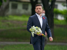 """it's-billions-of-dollars.""-zelensky-said-banking-law-gives-green-light-for-financial-assistance"