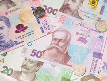 the-hryvnia-exchange-rate-against-the-euro-and-the-dollar-rose