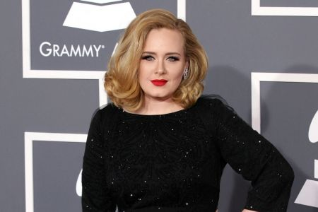adele,-who-has-lost-a-lot-of-weight,-continues-to-complex-due-to-her-appearance
