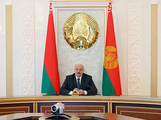 "lukashenko-outraged-russian-gas-prices-in-""difficult-times"""