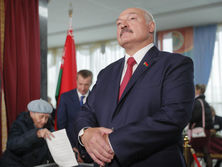 lukashenko-submitted-documents-to-register-initiative-group-for-presidential-elections-in-belarus
