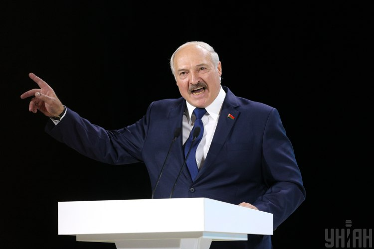 lukashenko-resents:-moscow-sells-gas-to-belarus-almost-2-times-more-expensive-than-europe