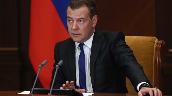 medvedev-responded-to-criticism-of-volunteers