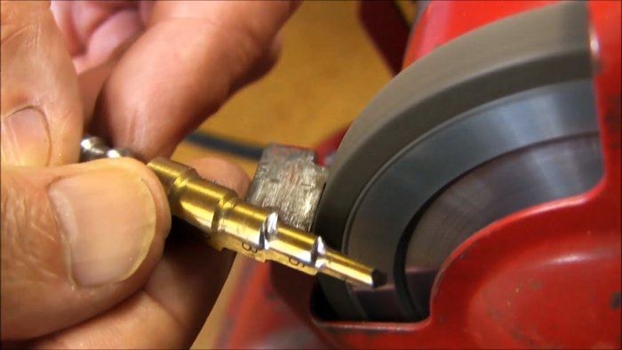 How easy it is to sharpen a stepped drill