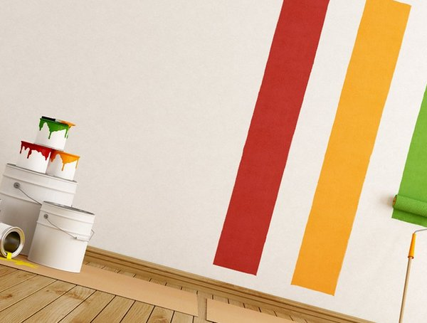 Wall painting or wallpapering: what to choose?