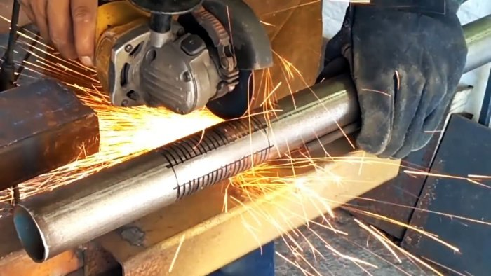 A cut is made along each circle with a grinder
