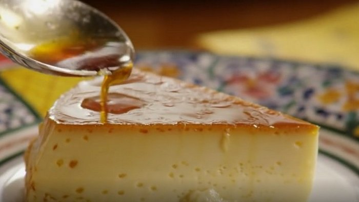 What dessert is associated with wealth and luxury