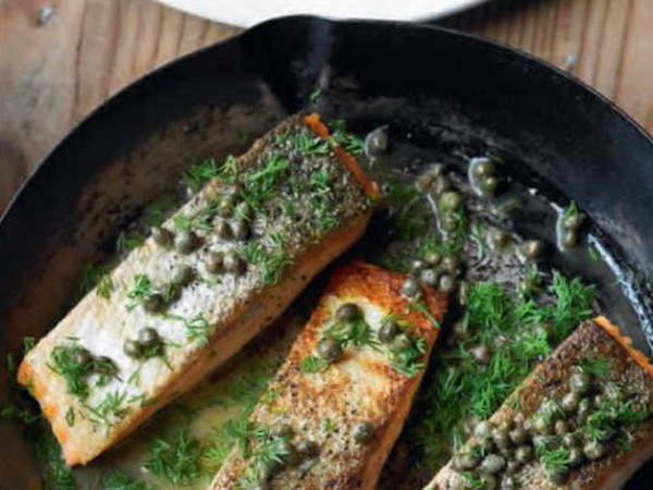 What should you keep in mind when cooking fish or meat?