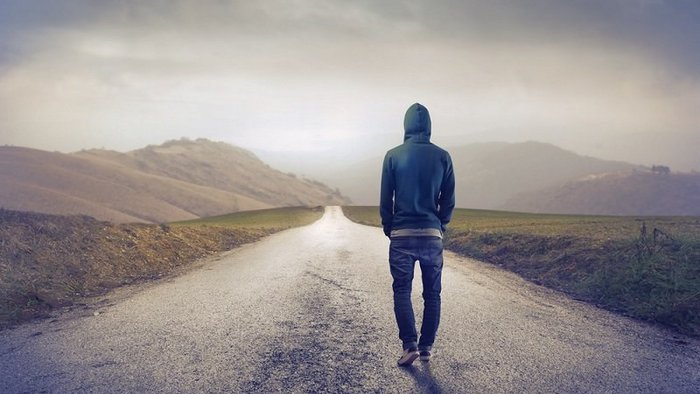 How to stop being a lonely person
