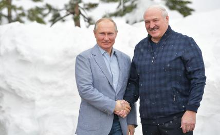 Photo: Russian President Vladimir Putin and Belarusian President Alexander Lukashenko (left to right)