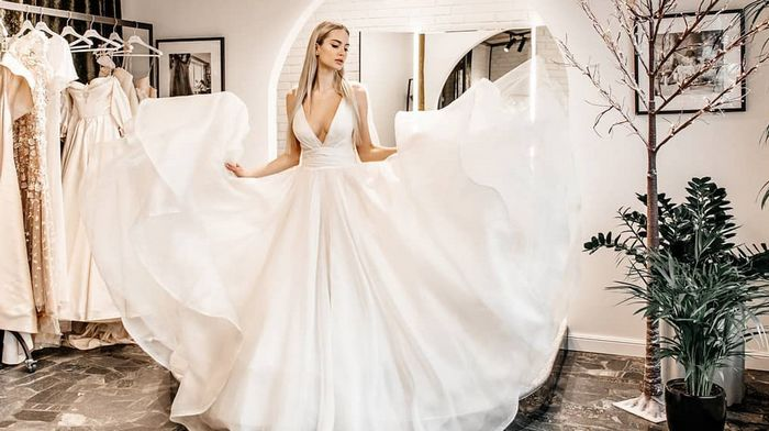 Wedding fabric store Wedding Style: features and reasons for its popularity