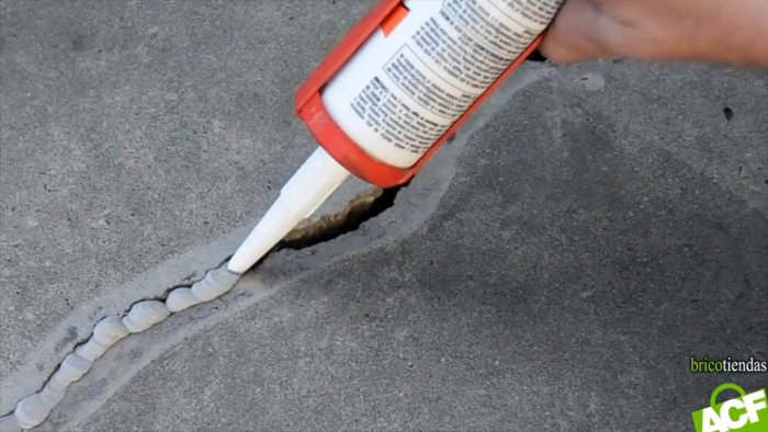 How to repair a concrete crack in a wall or floor
