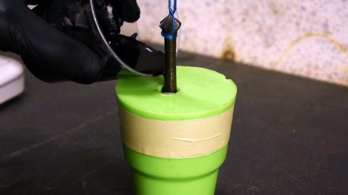 How to cast handles on epoxy hand tools