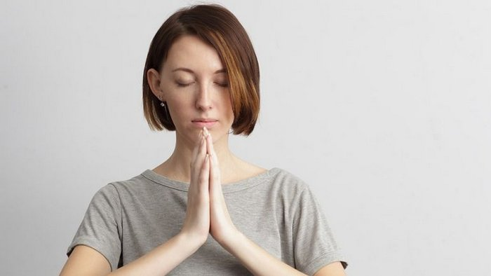 How to do maha mudra correctly