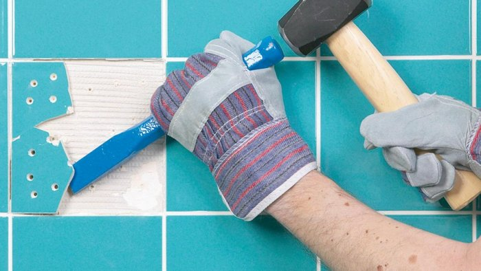 How to replace cracked wall tiles