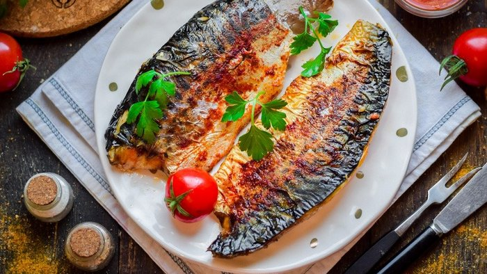 Why bake mackerel with persimmon