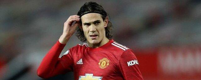 Manchester United offered Cavani a contract for another year
