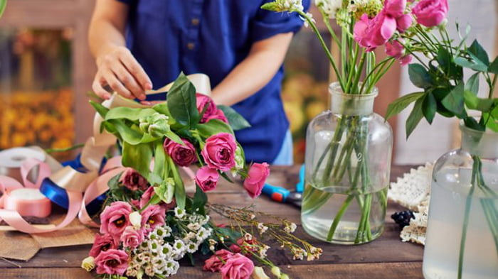 How to keep flowers at home